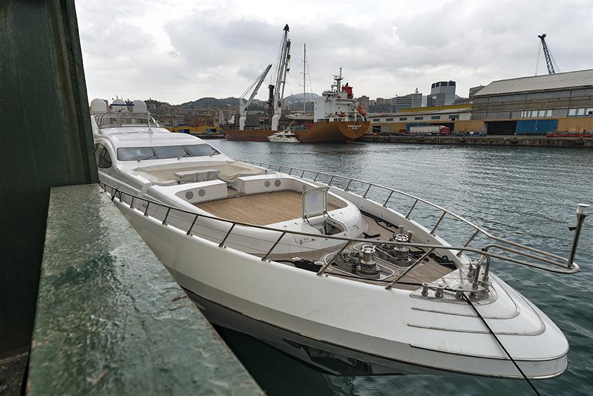 Dubai Yacht Transport | Boat Shipping and Yacht Shipping in